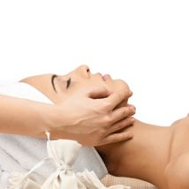 closeup-of-a-female-receiving-facial-massage-picture-id177379436